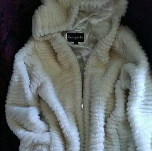 VINTAGE Soft Plush SNOW WHITE Faux Fur COAT sz S/M